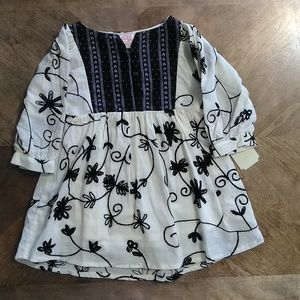 3/$25🍁GB Girl Top Size 2T